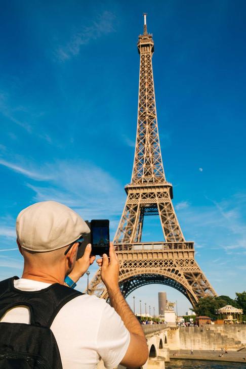 Eiffel tower shooting copia.jpg