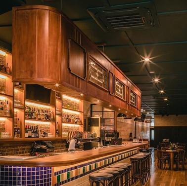 Blute's Bar