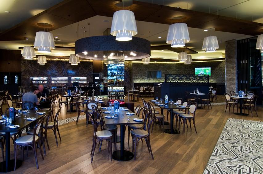 Carindale hotel pub bistro design