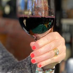 wineglassclassy.png