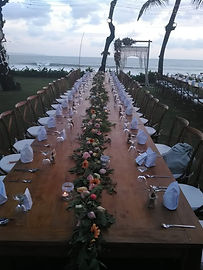 Baliwedding dinner table set up.jpg