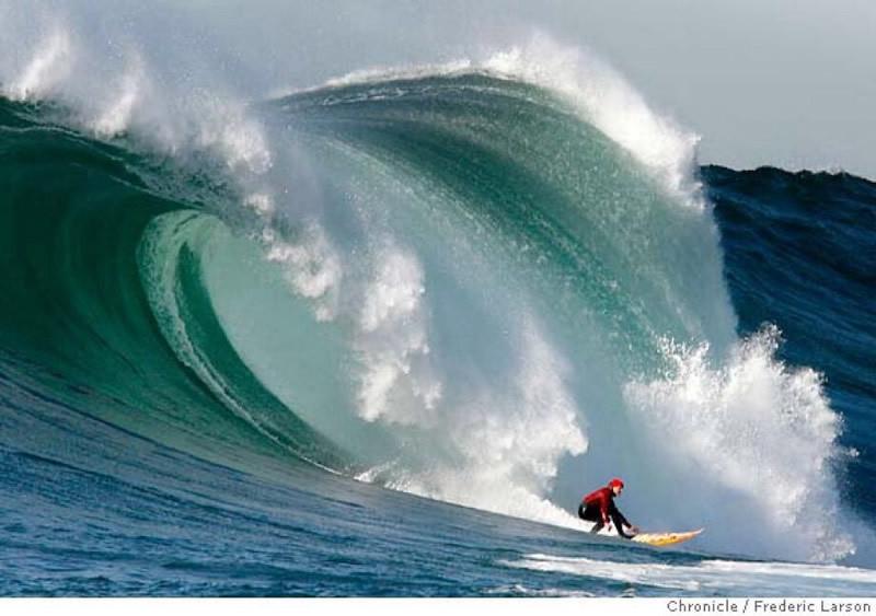 mavericks, big wave, giant wave, big wave surfer, half moon bay, califonia, california surfing