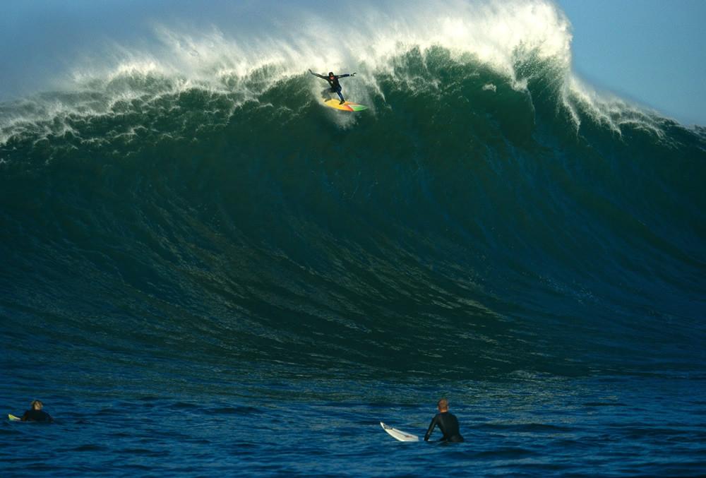 Jay Moriarity Photographer Bob Barbour, Famous wipeout, Iron Cross, Jay Moriarity big wave surfer, Mavericks big wave, Surfer Magazine Cover