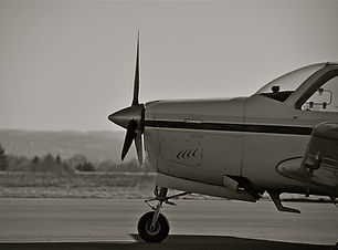 aircraft-beechcraft-bonanza-aviation-pro