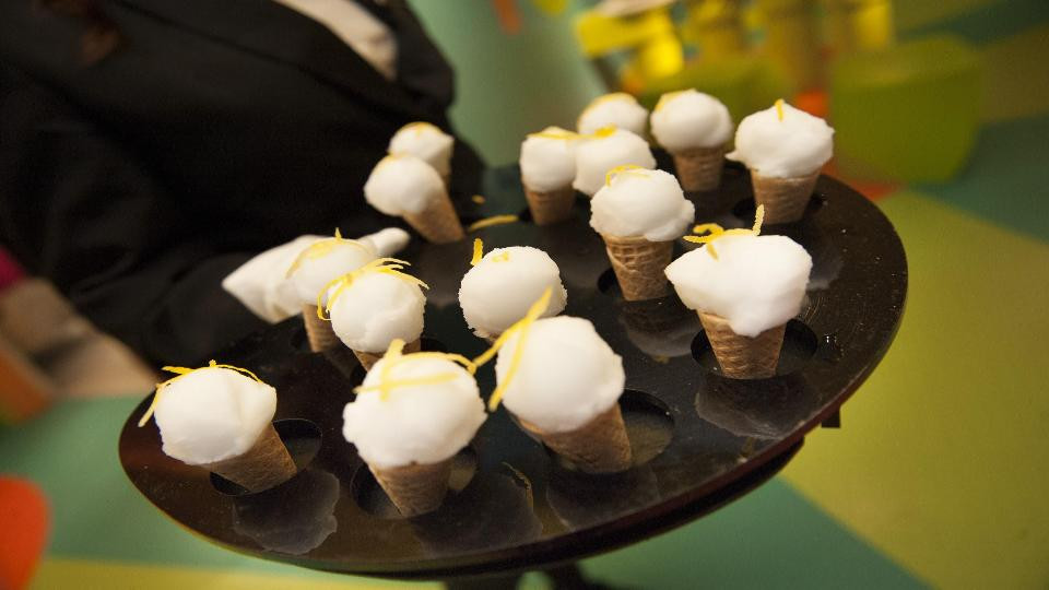 Lemon Sorbet Mini Cones
