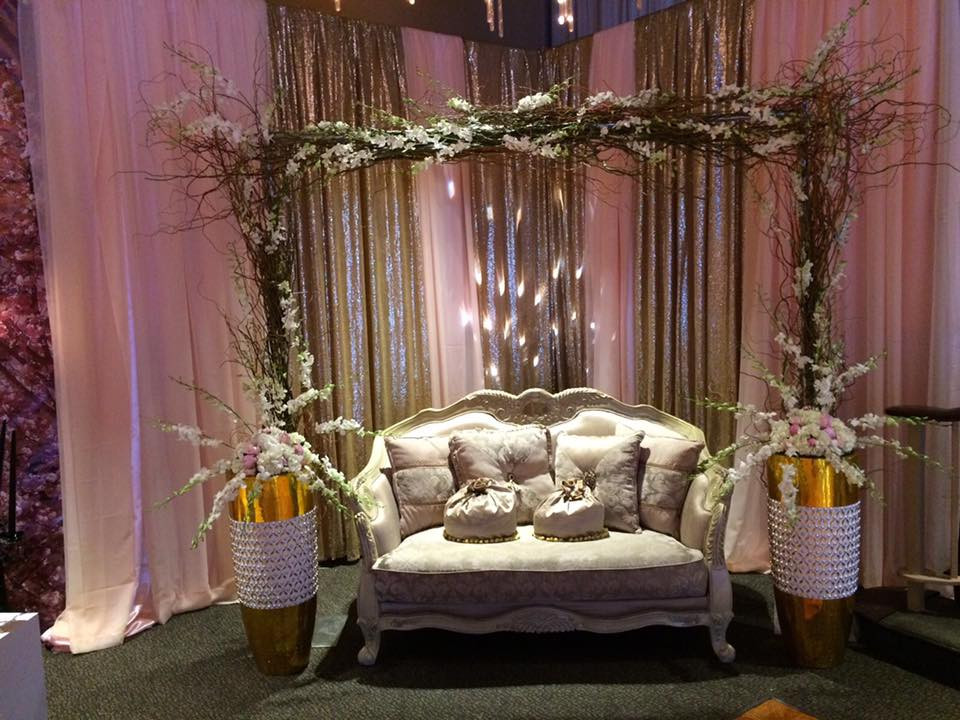 paris theme quince seating.jpg