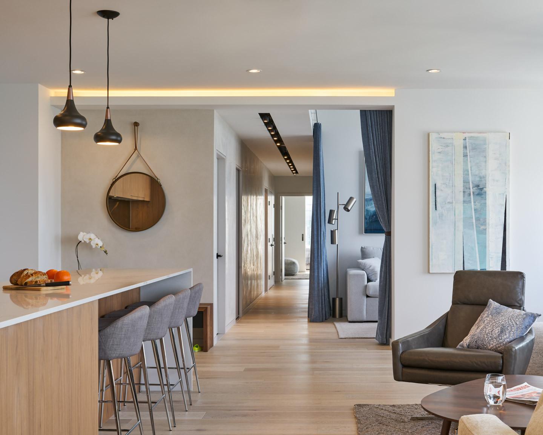 Melville Lounge