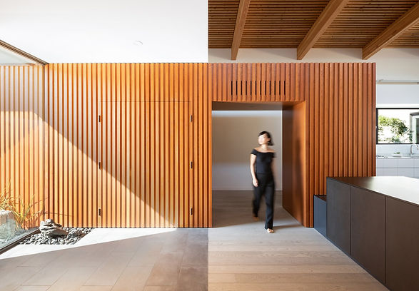 douglas-fir-cladding-that-leads-into-the