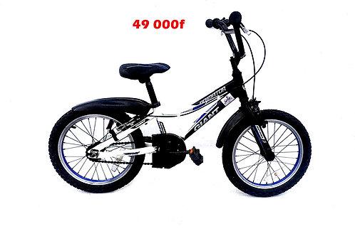 vélo enfant BMX GIANT 04 à 06ans