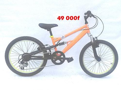 vélo enfant VTT 7à 10ans