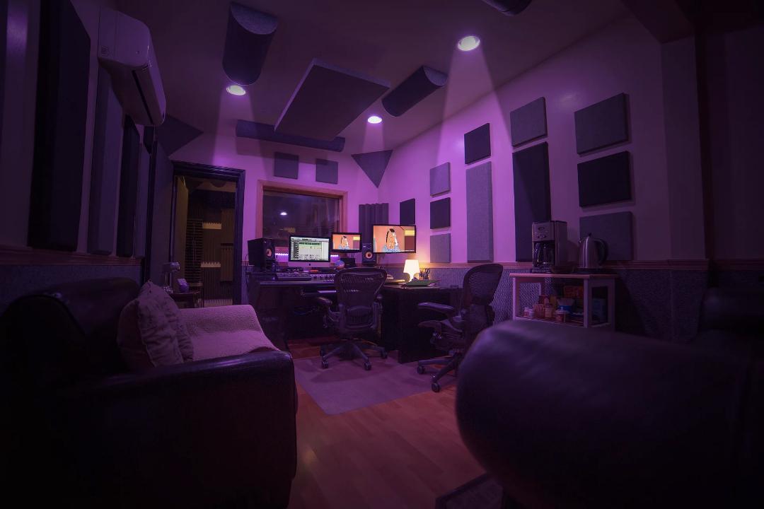 Henckahontas Studio