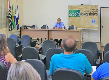 Escola do Legislativo dá 'pontapé inicial' no Parlamento Jovem 2017