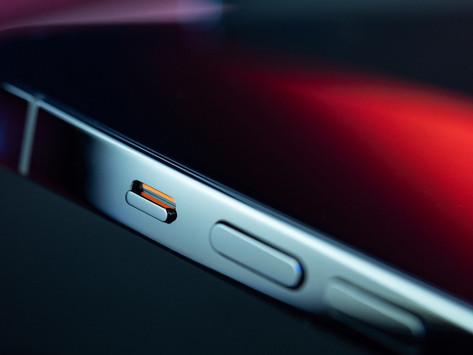 Apple lança recall para os iPhones 12 e 12 Pro sem som