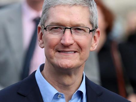 Tim Cook, Diretor Executivo da Apple, é o segundo CEO mais bem pago dos EUA em 2019
