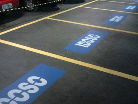 Vagas de estacionamento disponíveis para idosos são tema de requerimento