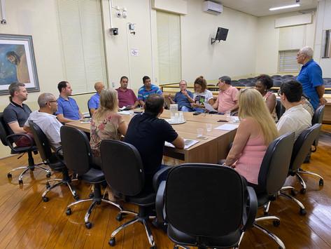 Secretários e técnicos municipais explicam a vereadores empréstimos de R$ 65 milhões