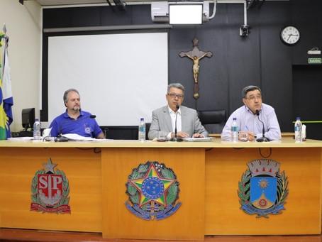 Guardas civis municipais discutem PCCV na Casa de Leis