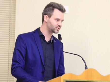 Vereador Rafael de Angeli propõe criação da 'Semana do Amigo Animal'