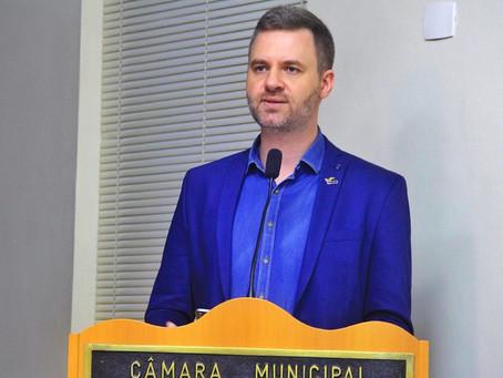 Dano contra patrimônio público leva a aumento de gastos com segurança nas escolas, alega Prefeitura
