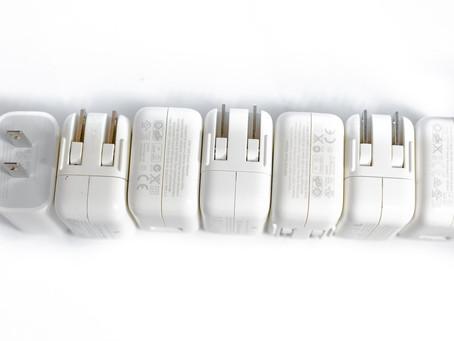 Procon-SP multa Apple em R$ 10,5 milhões por vender iPhones sem carregadores