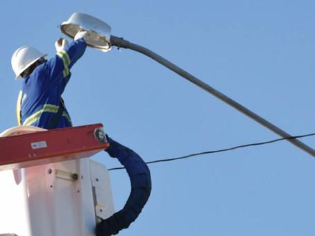 Vereadores pedem plantão de atendimento para substituição de lâmpadas queimadas