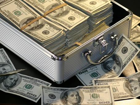 Apple se torna a primeira empresa dos EUA a atingir US$ 1,5 trilhão em valor de mercado