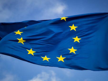 União Europeia acusa Apple de violações antitruste da App Store após reclamação do Spotify