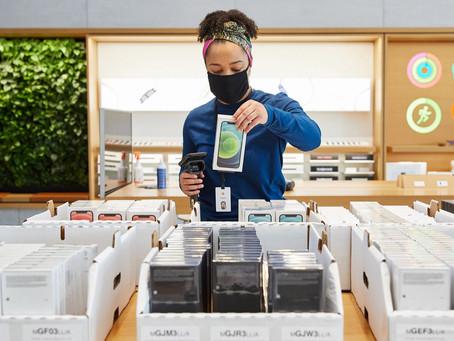 Vendas de iPhones poderão bater recorde de 250 milhões de unidades vendidas em 2021