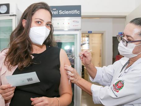 Profissionais da saúde que não foram vacinados serão convocados a partir de 20 de junho