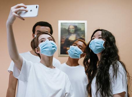 Apple patenteia capacidade de tirar selfies em grupo mesmo estando à distância