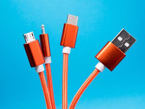 União Europeia pode forçar Apple a mudar conector do iPhone para USB-C
