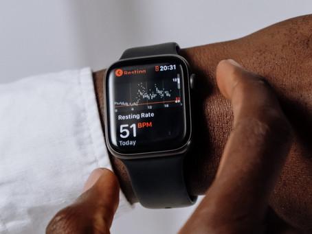 Estudo aponta que Apple Watch pode prever a Covid-19 até uma semana antes do teste