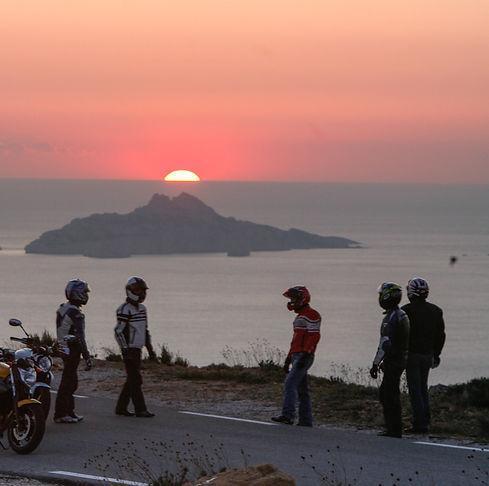 France Moto Road Trip - Sunset - Couché de soleil sur la méditerranée - Circuit moto French Riviera et Saint Tropez à moto - francemotoroadtrip.com