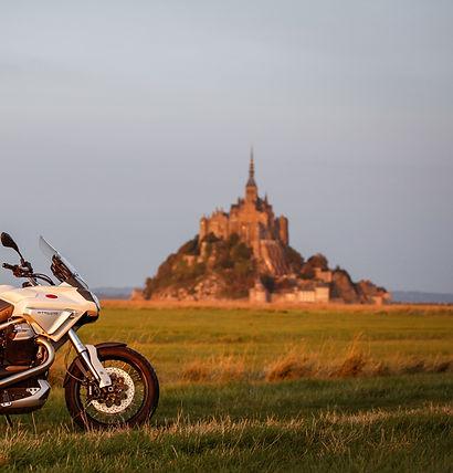 France Moto Road Trip - Le Mont Saint Michel - Circuit Plages et Champagne à moto - francemotoroadtrip.com