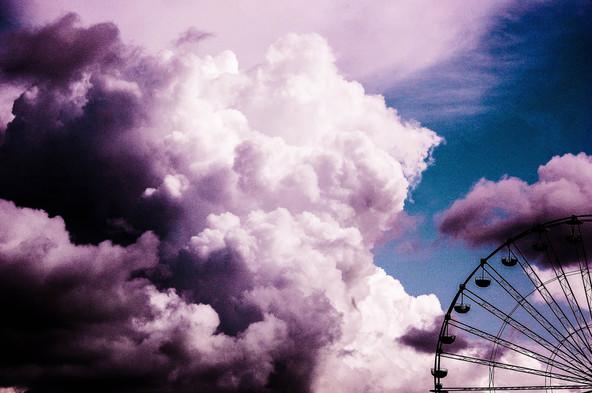 clouds overhead - honfleur .jpg