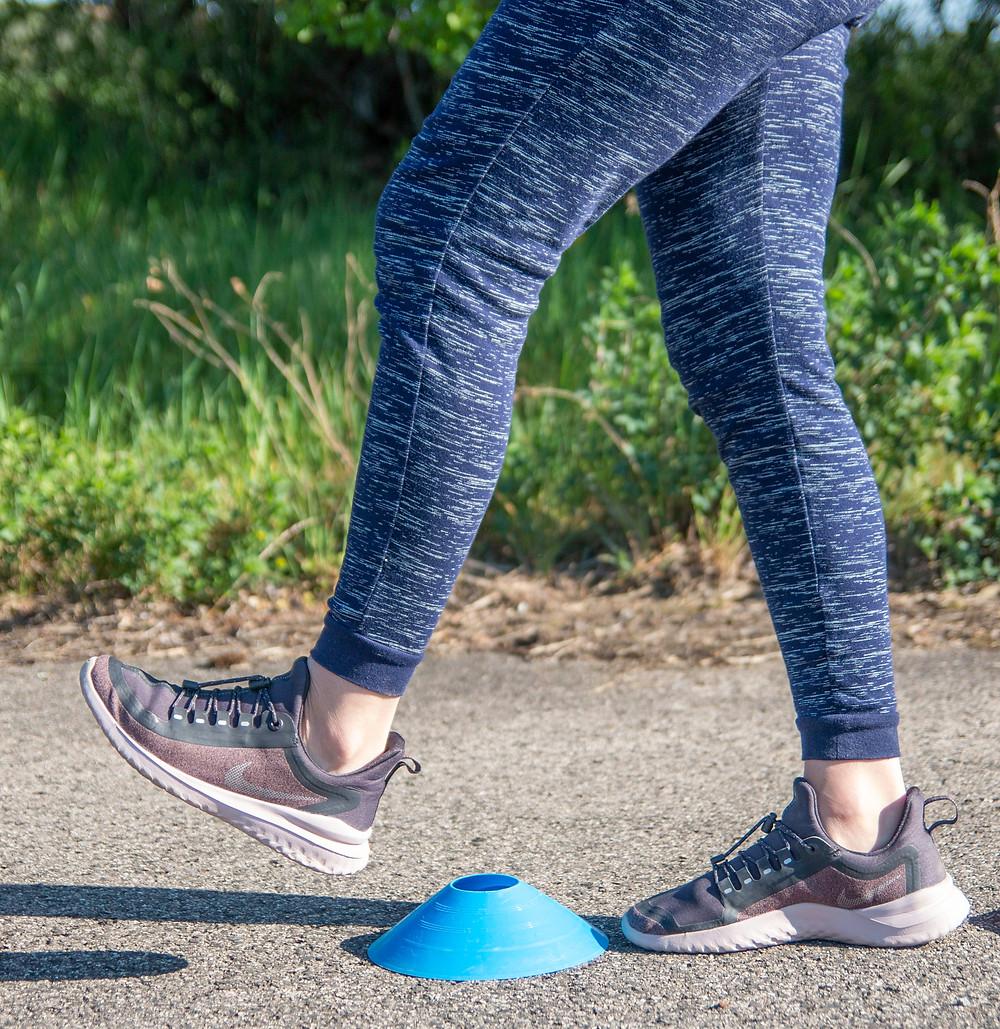 Gyaloglásnál legyen aktív a talajfogás, pipáljon a lábfej