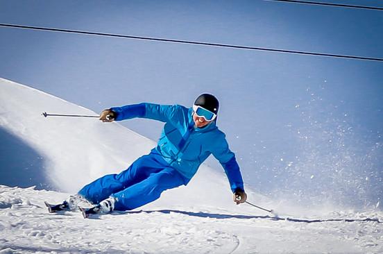 Ozsváth Miklós (Ozsi) síoktató / skiinstructor