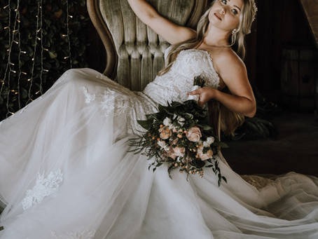 A gorgeous moody Spring bridal look without all the pastels and bunnies!
