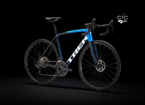 2022 Trek Émonda SL 5 Disc - Carbon Blue Smoke/Metallic Blue