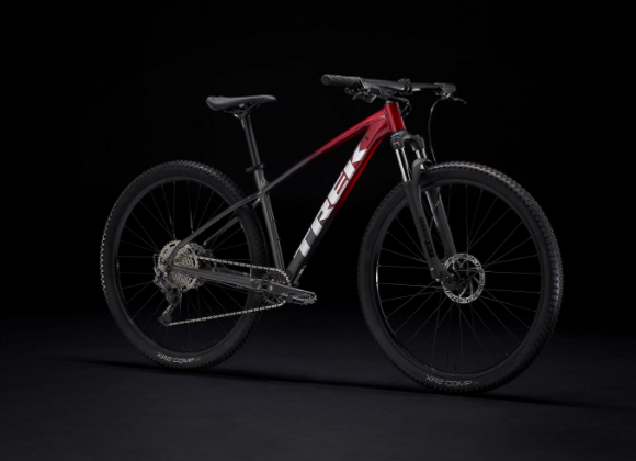 2022 Trek Marlin 6 / Rage Red to Dnister Black Fade