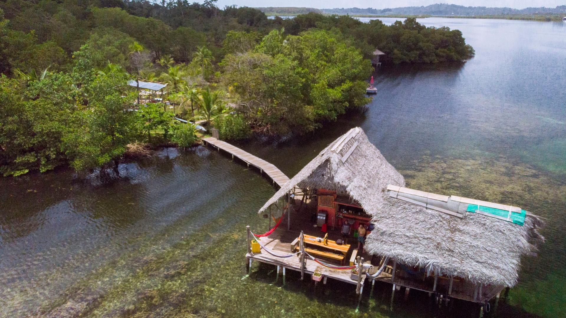 cocovivo reef cabin 2.jpg