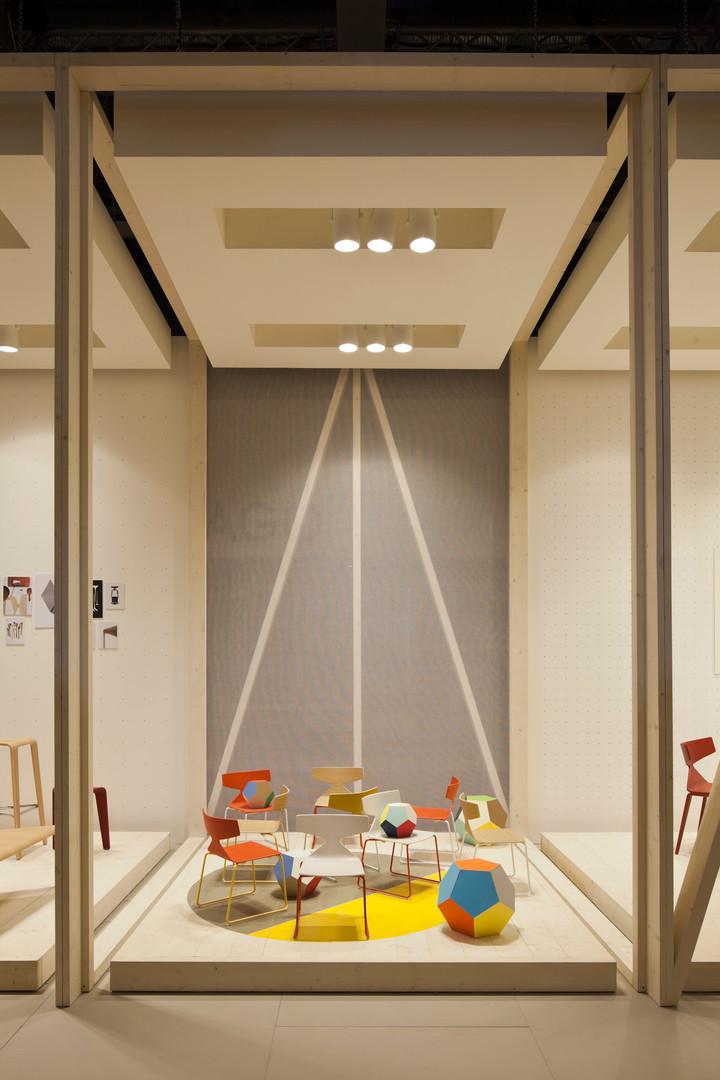 2x4 Arper Salone del Mobile Booth 2.jpg