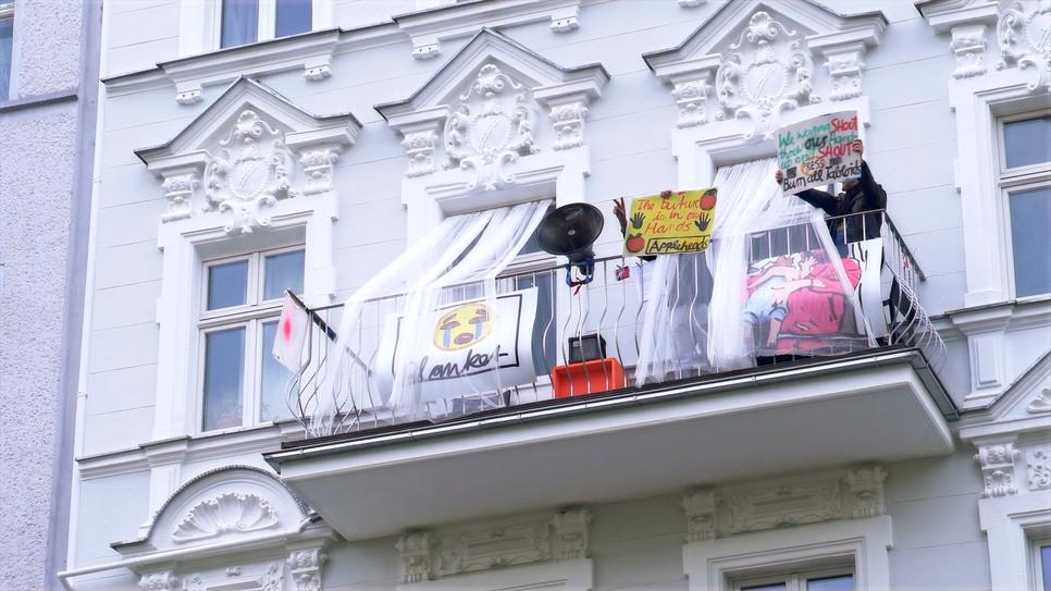 Müller Dreimalklingeln & Joke Lanz