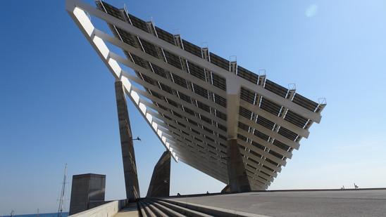 La Pérgola Fotovoltaica. Barcelona, España.