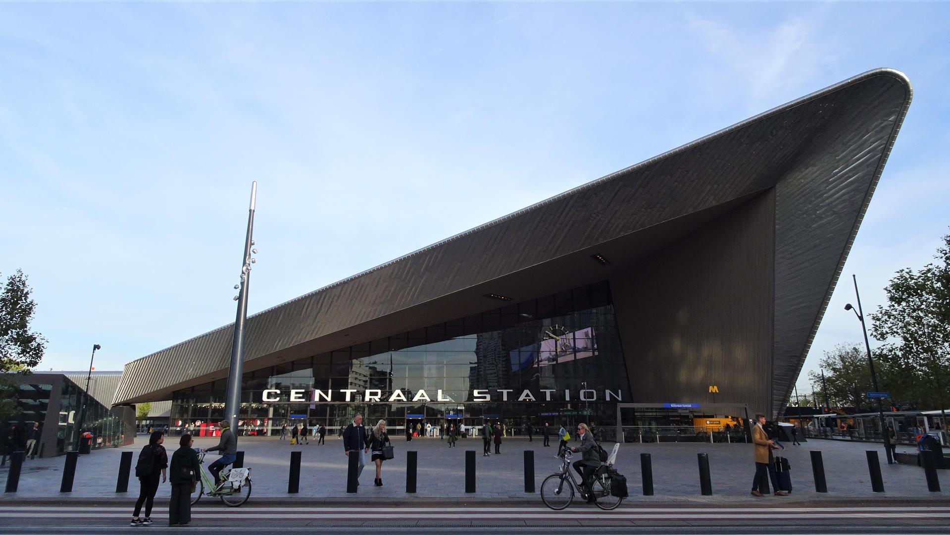 Centraal Station. Róterdam, Holanda.