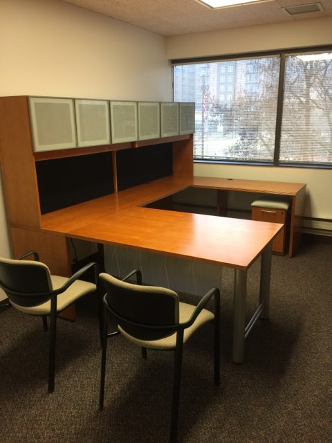 Used National U Desk