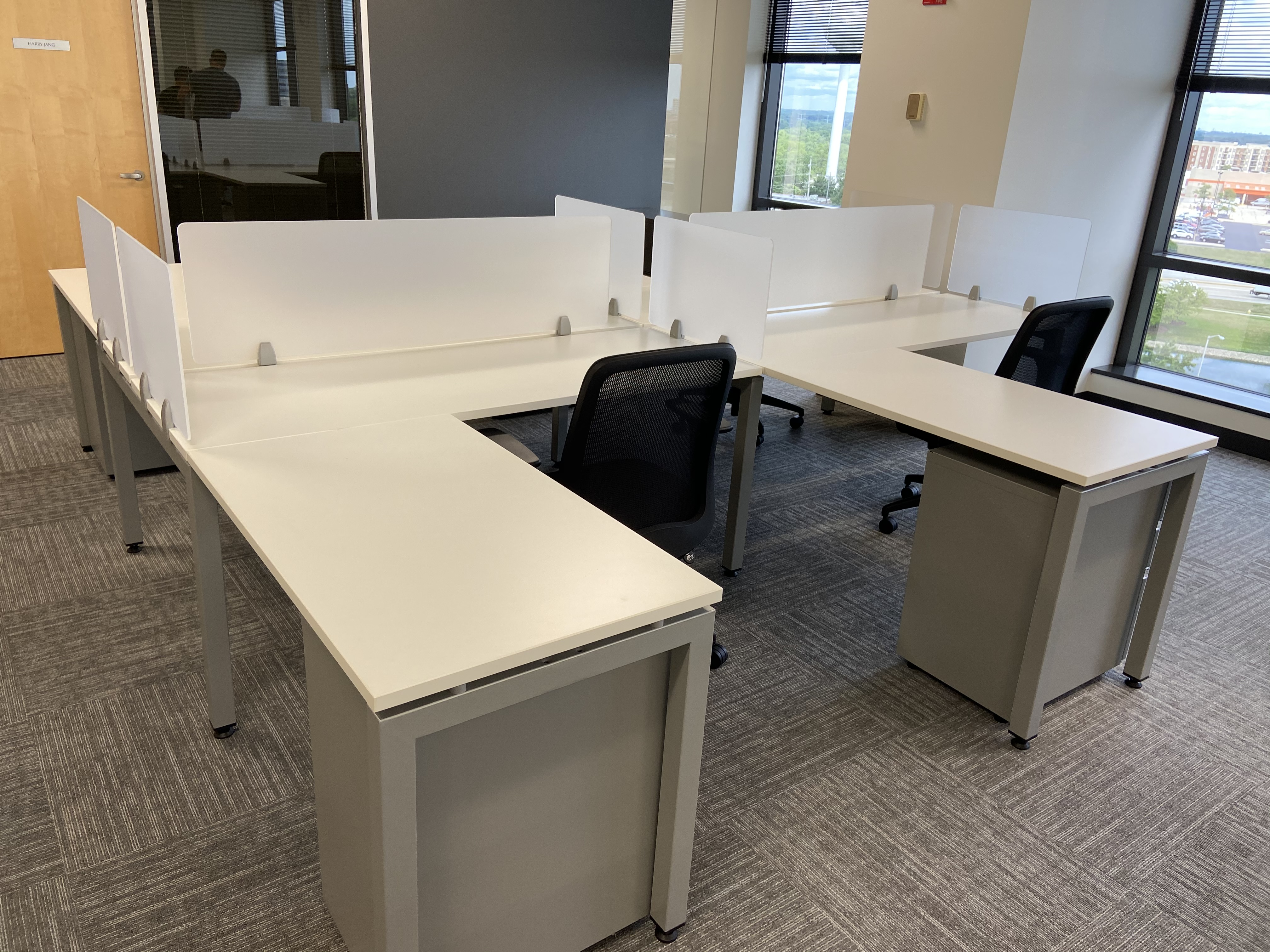 Custom Benching Workstations