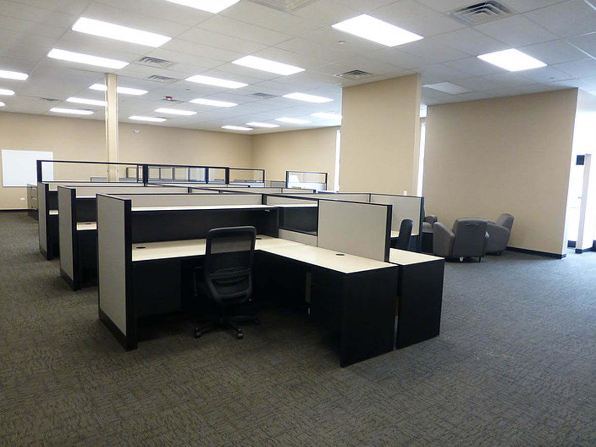 New Workstations, Desks and Seating