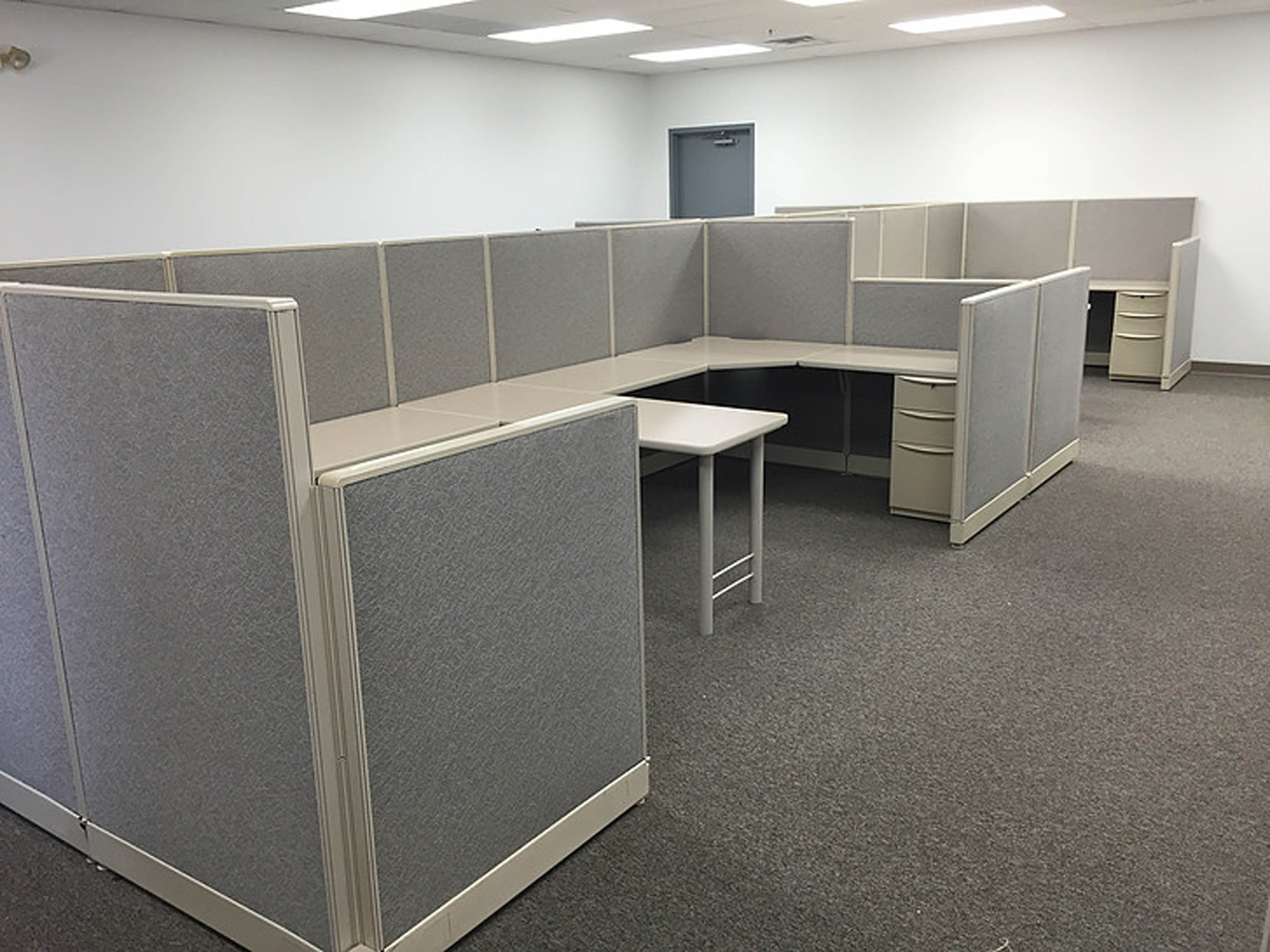 Used Custom Workstations