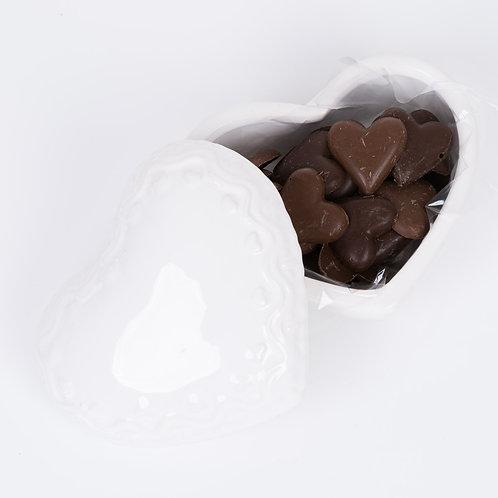 Porta joia coração com corações de chocolate